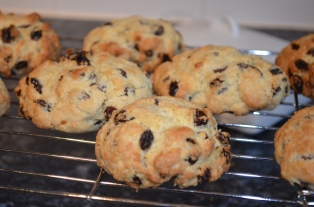 Easy baking with toddlers - rock cakes